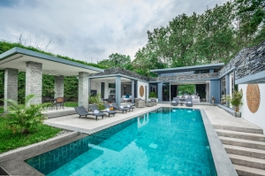 Luxury villas for sale in Bang Tao